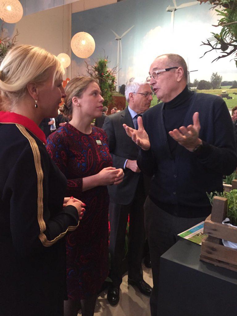 Marc van Rijsselberghe and Minister Carola Schouten